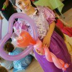 Balloon Twisting 1
